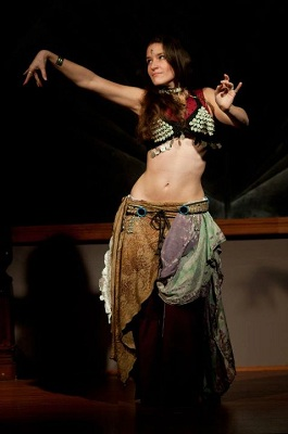 tribal fusion belly dance solo during Circus Freaks open stage in Dallas, Texas